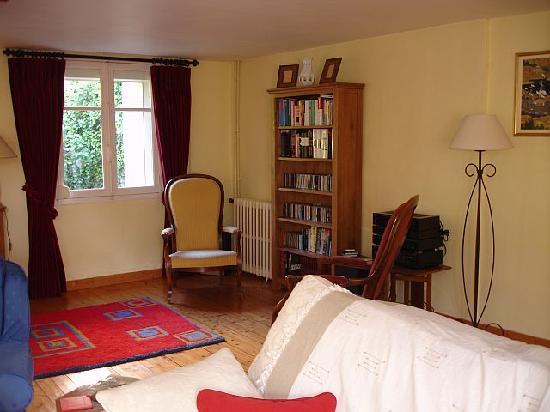 Les Molyneux : Lounge 2