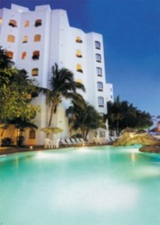 Ramada Resort Mazatlan: Outdoor Pool