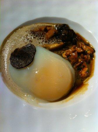 Restaurant la Rotonde : oeuf mollet & truffe