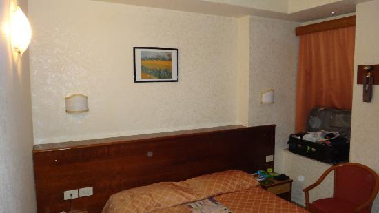 Hotel Smeraldo: Quarto