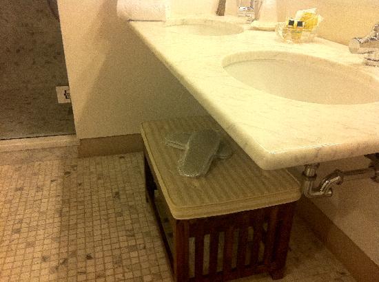 La Locanda Di Cetona: Bagno stanza 203