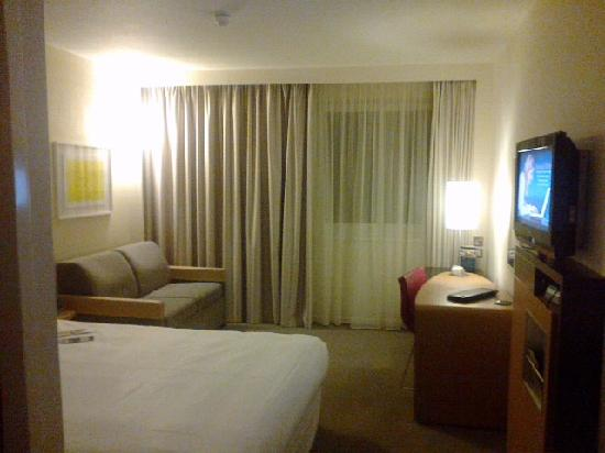 Novotel London Tower Bridge: standard room