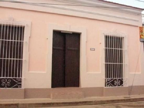 Esterno Di Una Casa : Esterno della casa picture of casa richard remedios tripadvisor