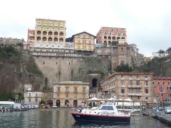 Grand Hotel Excelsior Vittoria Sorrento Website
