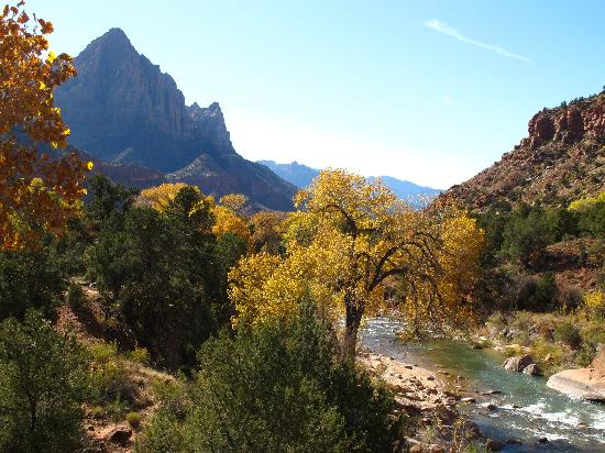Harvest House Bed and Breakfast: Scene From Zion National Park