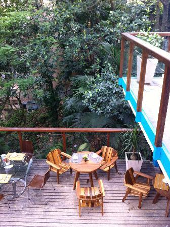 Quinta Azul Boutique Pousada: café da manhã com saguis