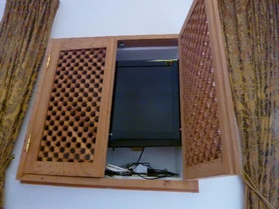 Riad Spa du Chameau: in room TV