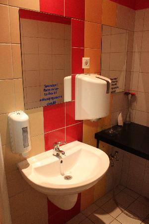Casa De La Musica Hostel: baño