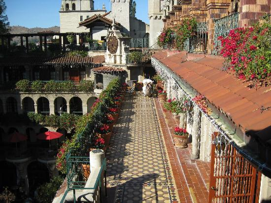 The Mission Inn Hotel And Spa: 4th Floor Of Hotel Overlooking Spanish Patio  Below
