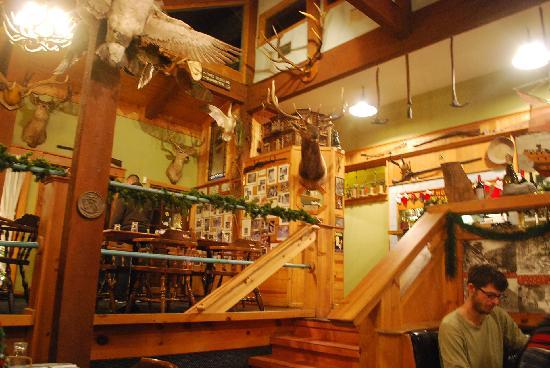 Cinnabar Sams: Interior of Cinnabar Sam's