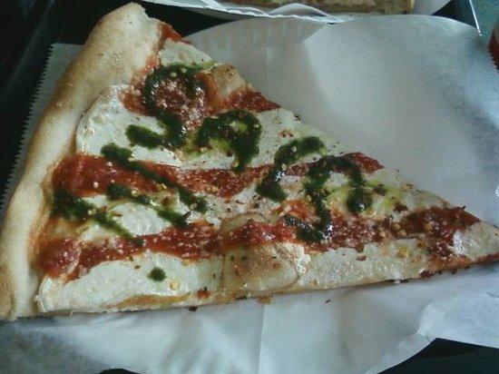 Sal's Pizzeria: Sal's Pizza Brooklyn