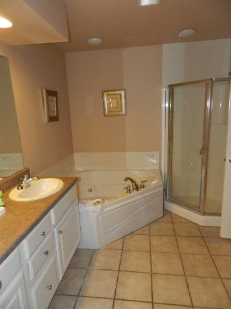 Westgate Branson Lakes Resort: Bathroom