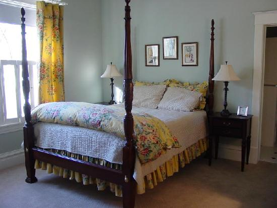 McFarland Inn Bed and Breakfast: The Coeur d'Alene Room