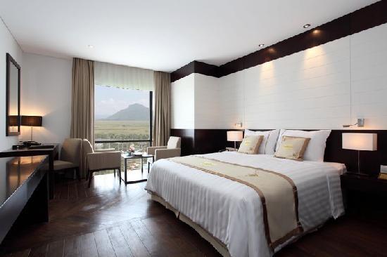 CenDeluxe Hotel Tuy Hoa