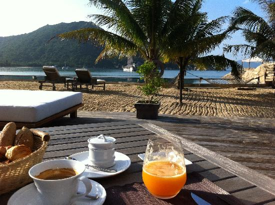 L'Alyana Villas Ninh Van Bay: Breakfast