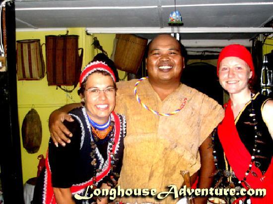 Longhouse Adventure Homestay: Homestay Host - Edward Gunui