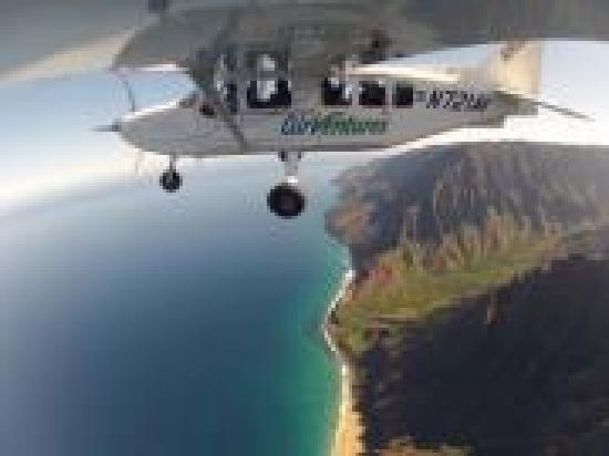 Air Ventures Hawaii: Napali Coast at sunset