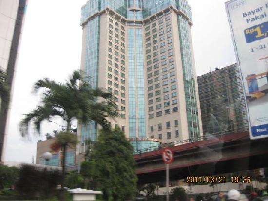 Hotel Menara Peninsula: 外観写真