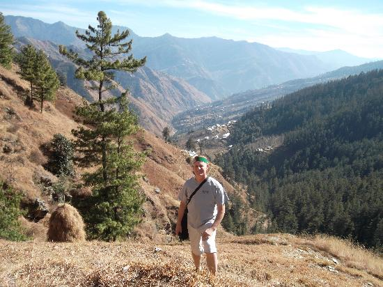 Krish Rauni: Hiking close to the resort
