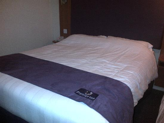 Premier Inn Cardiff North Hotel: Family Room