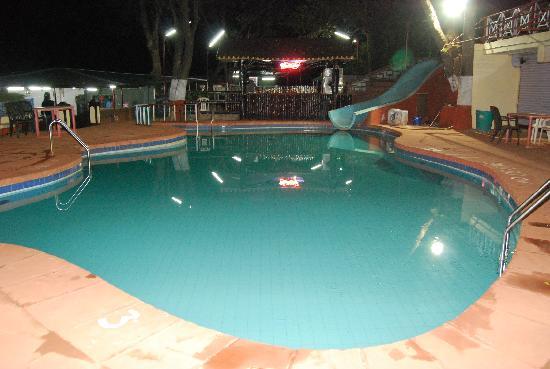 Brightlands Resort: The Swimming Pool by night