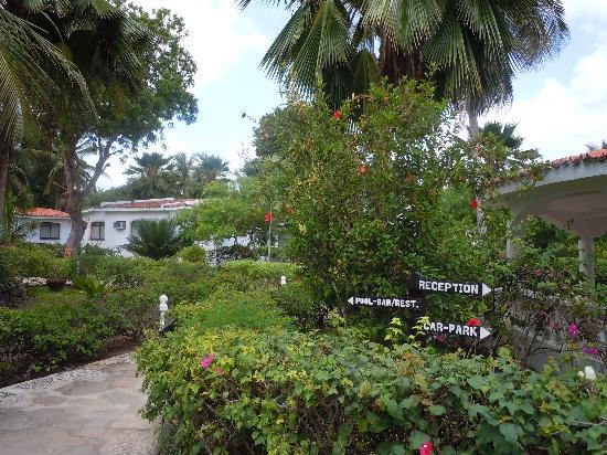 Villas Watamu Resort: beautiful grounds
