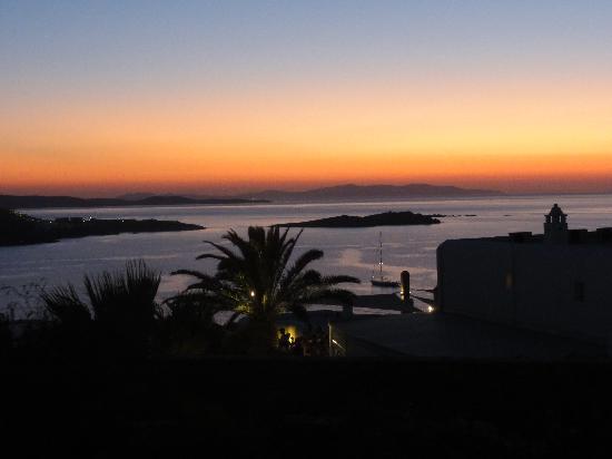 Elysium Hotel: sunset