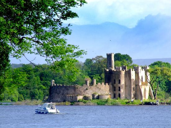 Boyle, Irlanda: Castle Island on Lough Key