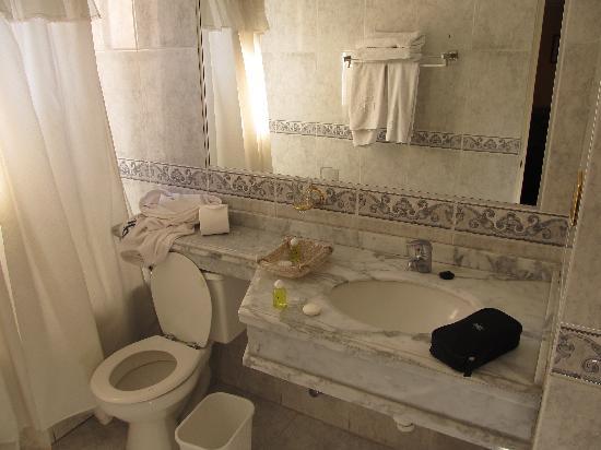Principado De Asturia: Banheiros limpos