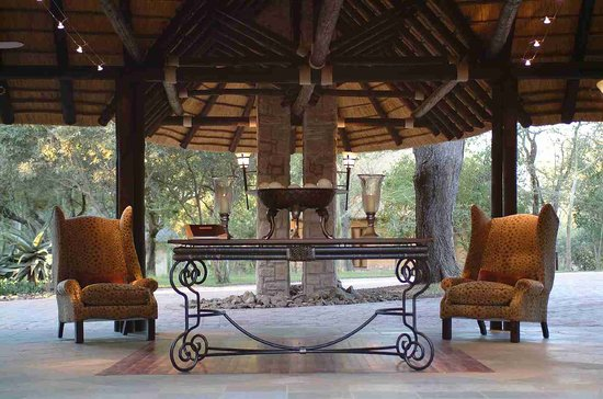 Shumbalala Game Lodge: Welcome to Shumbalal