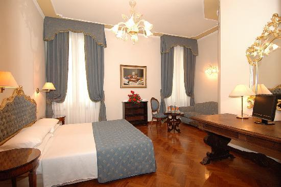 Locanda Sant'Agostin: room