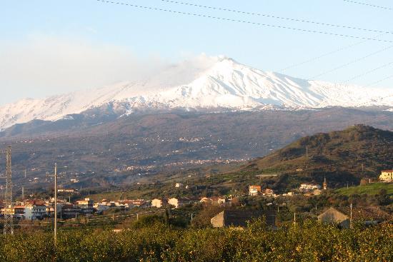 la vista del Etna dalla Capanna di Giuseppe