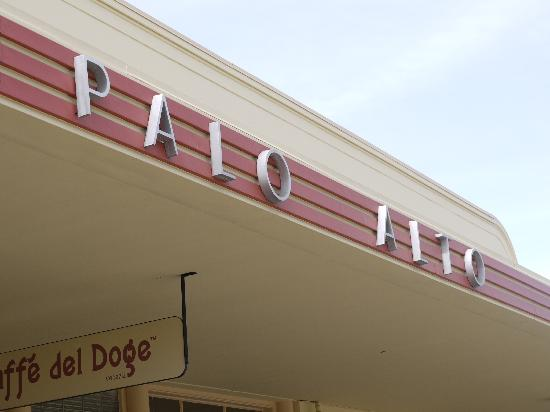 The Westin Palo Alto: Palo Alto train station