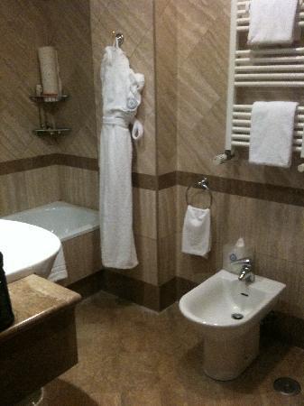 Barberini Hotel: Lavabo