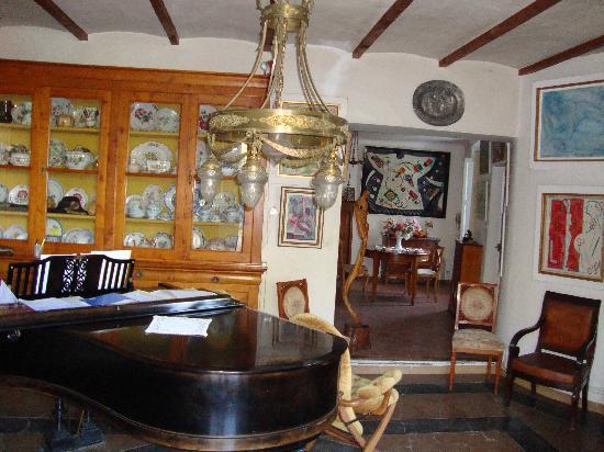 Le Pavillon de Beauregard : Music room