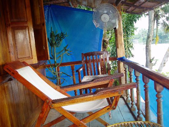 Malayalam Lake Resort Homestay: Top Verandah