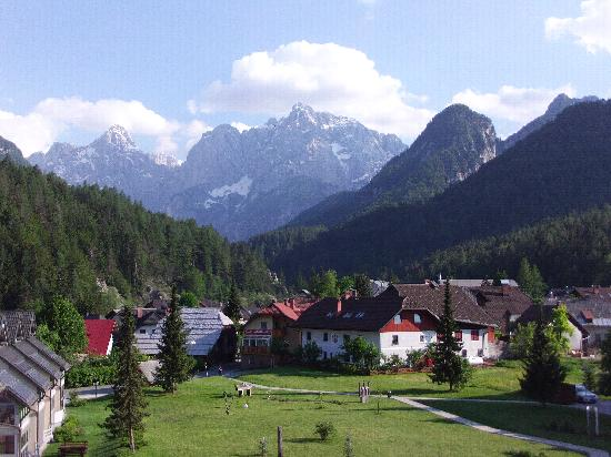 Ramada Hotel and Suites Kranjska Gora: view from our balcony