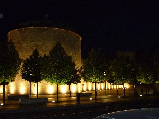 Hotel de Ville (Ayuntamiento): La nuit