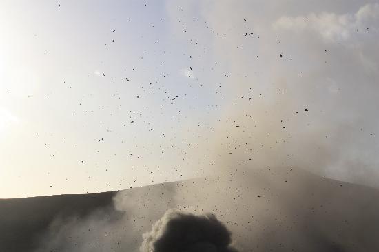 Mount Yasur: An eruption by daylight