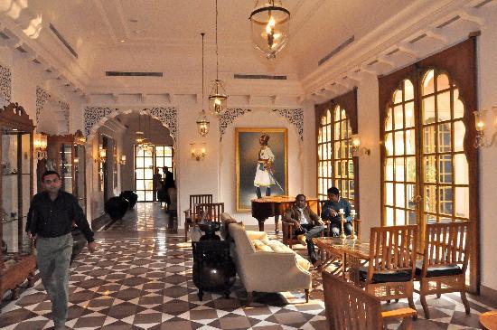 The Oberoi Rajvilas: Lobby - Udaipur.
