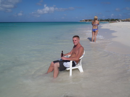 Divi Village Golf and Beach Resort: relaxing in the sun