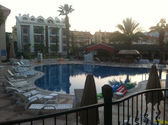 Club Anastasia: pool