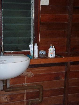 Anyavee Railay Resort: Waschbecken
