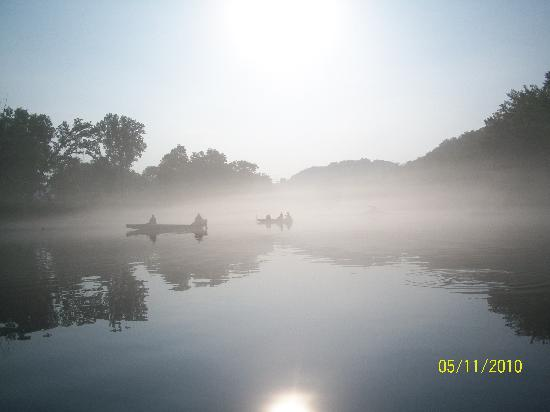 Bull Shoals Lake: fishin on the river