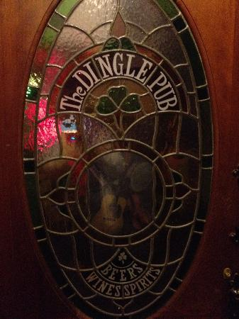 The Dingle Pub: Great door