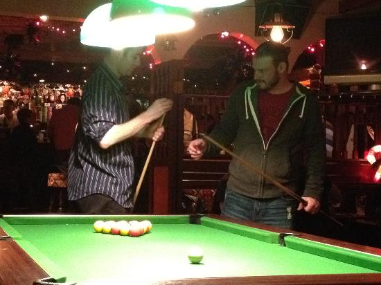 "The Dingle Pub: Learning to play ""irish"" pool"