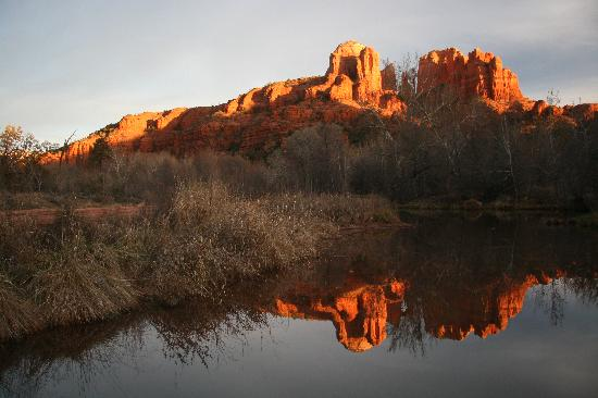 Moestly Wood Bed & Breakfast: Cathedral Rock from Crescent Moon Ranch