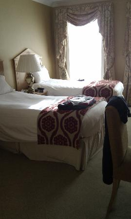 The Johnstown Estate Hotel: bedroom