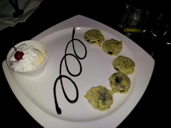 MoCA Asian Bistro - Queens: fried oreos