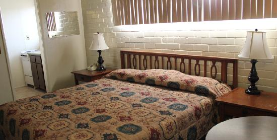 Frontier Motel: Rooms 2